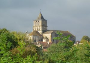 Notre Dame et St. Junien, Lusignan